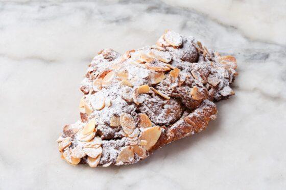 almond croissant_149